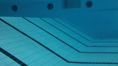 Chemicals And Pools - What You Need To Know (Far Beyond Chlorine)