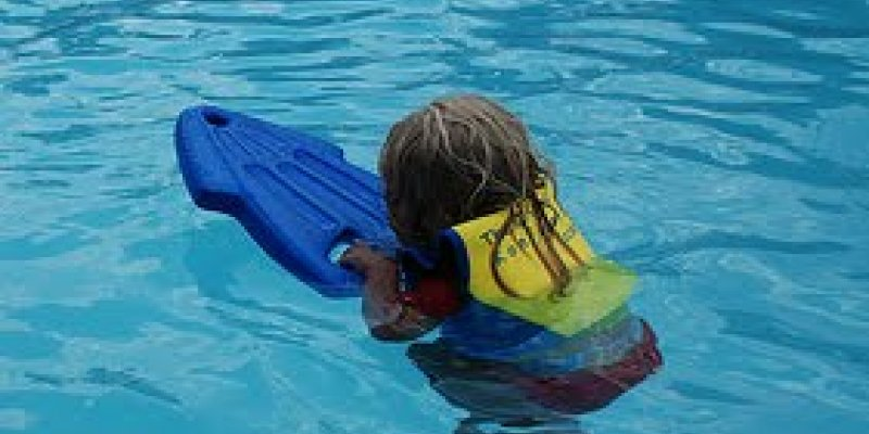 Kickboards Are Evil (Having A Great Kick Is Priceless) - Swimming Advice