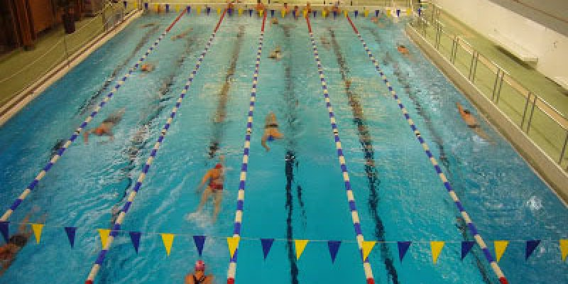 How To Swim Faster Easier? (Learning To Streamline Your Body) - Swimming Advice
