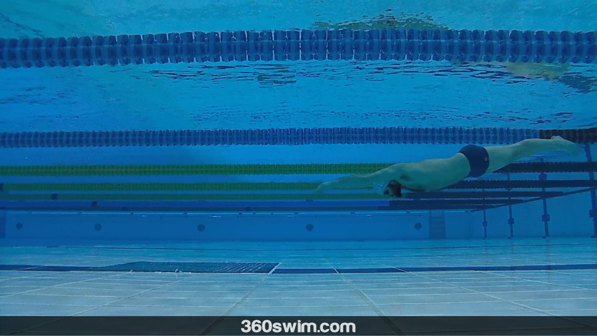 Keep your underwater streamline tight