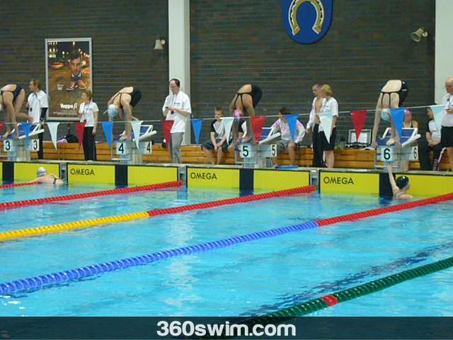Competitive swimmer vs. Public swimmer